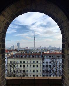 Berliner Fernsehturm im Maerz 2017