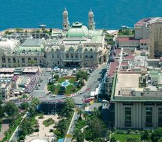 LIVING FINE • Monte Carlo