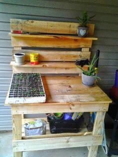 Pallet Garden Workbench