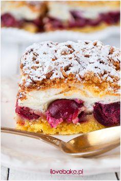 Cherry layer cake / Ciasto z wiśniami – ilovebake. Polish Desserts, Polish Recipes, Cherry Desserts, Cookie Desserts, Cherry Cake, Fitness Cake, Gluten Free Cakes, Baked Goods, Cake Recipes