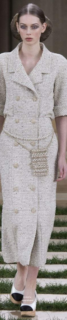 Chanel Collection Spring 2016 Couture
