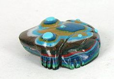 Authentic Native American Zuni frog fetish carving by Georgette Quam Lunasee