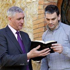 Uma Testemunha de Jeová pregando