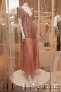 05.jpg (400×600) Vestido de musseline salmão bordado / Final dos anos 70 Clodovil