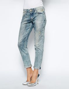 that relaxed jean is awesome- but dude- look at those silver heels
