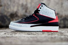 Air Jordan 2 Retro Infrared Cement Detailed Pictures