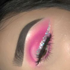 Eye Makeup Ideas For Blonde Hair near Eye Makeup For Green Eyes And Dark Hair versus Nice Eye Makeup Ideas each Eyeliner Tattoo In My Area below Cute Eyeliner Looks #EyeMakeupGreen #HowToCleanMakeupBrushes Eye Makeup Glitter, Pink Eye Makeup, Makeup Eye Looks, Eye Makeup Art, Colorful Eye Makeup, Makeup For Green Eyes, Smokey Eye Makeup, Makeup Inspo, Eyeshadow Makeup