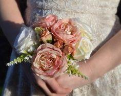 Brides bouquet vintage (artificial)