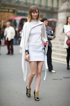 Fall Street Style Outfits to Inspire Fall Street Style fashion week Street Style Chic, Street Style Outfits, Spring Street Style, Street Style Looks, Paris Street Fashion, Printemps Street Style, Fashion Week, Look Fashion, Fashion Outfits