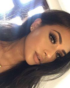 Natural Makeup Prom Makeup Makeup Tutorials Makeup Tips - Prom Makeup Looks Glam Makeup, Skin Makeup, Makeup Inspo, Makeup Inspiration, Beauty Makeup, Hair Beauty, Makeup Ideas, Fox Makeup, Baddie Makeup