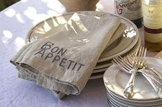 Pom Pom at Home Bon Appetit Napkins. (love these napkins! Linen Napkins, Napkins Set, Rustic Napkins, La Provence France, Provence Style, Layla Grayce, Antique Fairs, French Cottage, French Farmhouse