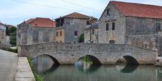 Insel Hvar, Tips über Vrboska und Stari Grad Restaurant Eremitaz,... Stari Grad, Dalmatia Croatia, Restaurant, Mansions, House Styles, Top, Travel, Croatia, Island