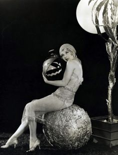 Anita Page, 1920s. Love the stylized Jack-O-Lantern.