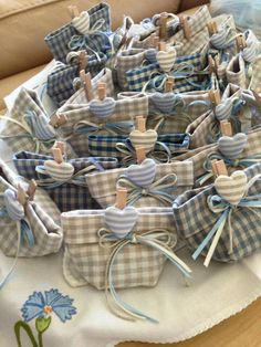 crafts for boys, Lavender Crafts, Lavender Bags, Idee Baby Shower, Baby Boy Shower, Wedding With Kids, Gifts For Wedding Party, Fabric Crafts, Paper Crafts, Diy Crafts