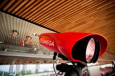 Lo último en tecnología en los Juegos Olímpicos 2016 con OMEGA. OMEGA, cronometrador oficial de las olimpiadas, presenta la cámara Sca'O'Vision MYRIA, que