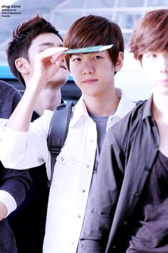 12.07.02 Incheon Airport - leaving for happy camp (Cr: drug store: http://baekhyun.kr)