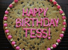 Chocolate Chip Cookie Cake... happy birthday tess...