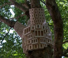 4 High-Design Bird Houses Helping Protect Our Feathered Friends this Winter : TreeHugger