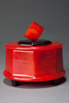 Great Catalin Powder Box with Cube Finial in Watermelon Red + Black
