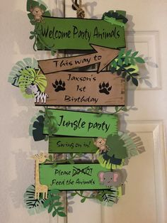 Jungle Party - Tips & Ideas for Children& Birthdays with Jungle Theme - Par . - Jungle party – tips & ideas for children& birthday parties with a jungle theme – party ga - Safari Theme Birthday, Jungle Theme Parties, Wild One Birthday Party, Safari Birthday Party, 1st Birthday Parties, Birthday Board, Themed Parties, Birthday Ideas, Party Animals