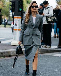 #parisfashionweek @miraduma photo by @sandrasemburg @vogueparis #style#styling#stylish#street#streetstyle#fashion#fashionable#cool#instamood#instafashion#trend#wardrobe#moda#shoes#loveit#streetlook#sexy#balenciaga#tagsforlikes#luks#followme#luxury#blogger#fashionweek#luxurystyle#luxuryfashion#miroslavaduma#ss17#pfw