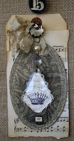 crystal crown tag tutorial @ one lucky day website. Beautiful