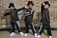 Love run dmc costume, hip hop costumes, party costumes, party outfits 80s Theme Party Outfits, 80s Party Costumes, Hip Hop Costumes, Party Outfits For Women, 80s Costume, Boy Costumes, Kids Outfits, Costume Ideas, 90s Party