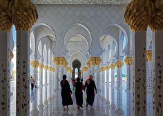 En güzel dekorasyon paylaşımları için Kadinika.com #kadinika #dekorasyon #decoration #woman #women Sheikh Zayed Mosque ...