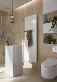 Een eyecatcher in deze . Radiators, Bathroom Lighting, Bathtub, Mirror, Furniture, Design, Home Decor, Houses, Bathroom Light Fittings
