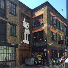 The fabulous #stik figure on Rivington St Shoreditch London.  #wallfilth #tv_streetart #rsa_streetview by shell_kr