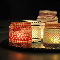 Enjoy those dark winter nights with colorful little candles. Made out of glass jars and washitape. (in Swedish)