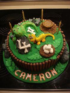 Dinosaur / T rex cake