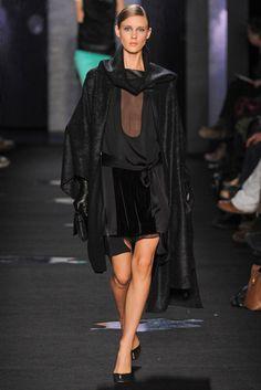 Diane von Furstenberg Fall 2012 Ready-to-Wear Collection Photos - Vogue