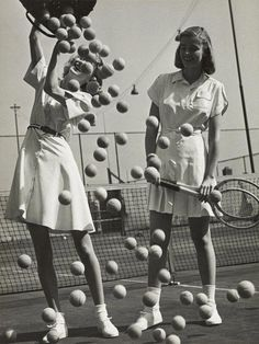 LANDSHOFF – Hermann Landshoff, Tennis balls' with models Wanda Delafield and Peggy Lloyd, ca. Landshoff, Tennis balls' with models Wanda Delafield and Peggy Lloyd, ca. Tennis Outfits, Tennis Dress, Tennis Clothes, Golf Outfit, Club Outfits, Shoes Tennis, Nike Clothes, Tennis Racket, Mode Tennis