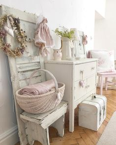 Vintage Lounge Furniture For Sale much How To Paint Shabby Chic Bedroom Furniture; Shabby Chic Furniture Atlanta along with Shabby Chic Furniture Southport Rustikalen Shabby Chic, Shabby Chic Zimmer, Estilo Shabby Chic, Shabby Chic Interiors, Shabby Vintage, Bathroom Ideas Vintage Shabby Chic, Shaby Chic, Vintage Decor, Shabby Chic Bedroom Furniture