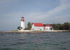 Île Parisienne Lighthouse, Ontario Canada at Lighthousefriends.com
