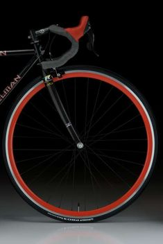 turn the tires red and add more color to the handlebars and you have my ride. Bold n' Beautiful /by mobius cycle Velo Design, Bicycle Design, Road Bikes, Cycling Bikes, Bmx, Bici Retro, Bici Fixed, Fixed Gear Bike, Bicycle Art