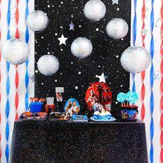 d-i-y-star-wars-hanging-decorations room