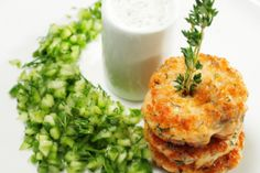 Dilled Salmon Cakes | The Dr. Oz Show