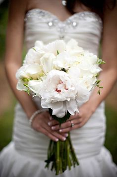Lovely all white bouquet. Captured By: Ron Miller Photography ---> http://www.ronmphoto.com/