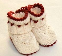 Försöker att komma ihåg hur jag gjorde de här sockorna.. stor efterfrågan på beskrivning!