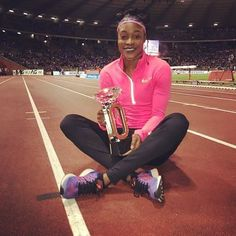 """A good way to finish your season and rebound after a disappointing world championships. @fastelaine 🇯🇲️ winning the women's 100 m (10.92 secs) at the season-ending Diamond League meet in Brussels on Friday. She also picked a cool $US 50,000 for her efforts  #ElaineThompson #ET #TeamJamaica #DiamondLeague #Brussels #athletics #sports #876Sports #Jamaica #Caribbean #island #islandlife #paradise #tropical #natural #nature #travel #photooftheday #trustedseller #instadaily #lookbook #instagood…"