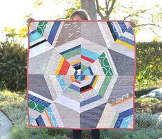 Kitchen Table Quilting: Octagon Shimmer Baby Quilt