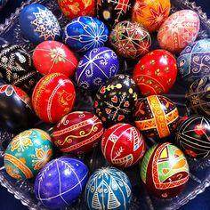 The Making of Ukrainian Easter Eggs « Shichijiro