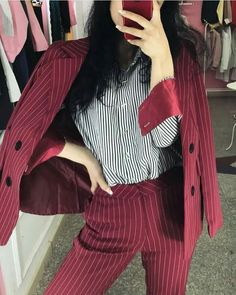 Tomboy Fashion, Work Fashion, Fashion Tips, Tomboy Style, Celebrity Outfits, Celebrity Style, Lawyer Outfit, Designer Anarkali, Young Professional