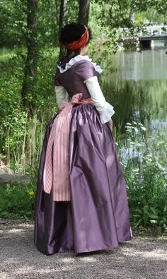 reproduction 1780s Robe à la Turque