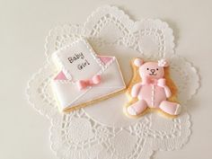 bear & letter cookie