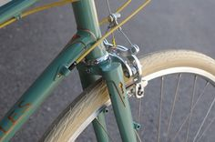 Royal H Mixte, Almost Built Up