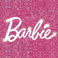 Eldeki malzemelerle mükemmel bir Barbie evi yapmak için hikayeye bakmanız yeterli 🌸  Görsellerdeki mobilyalar @gulsahreyhanbayrak eseridir. Pink Wallpaper Barbie, Pink Wallpaper Iphone, Pink Iphone, Tumblr Wallpaper, Barbie Cartoon, Pink Hello Kitty, Pink Phone Cases, Barbie Princess, Pink Glitter