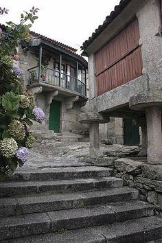 Hórreo. Combarro (Poio, Pontevedra) #Galicia